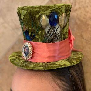 Alice in Wonderland/Mad Hatter Top Hat/Disney